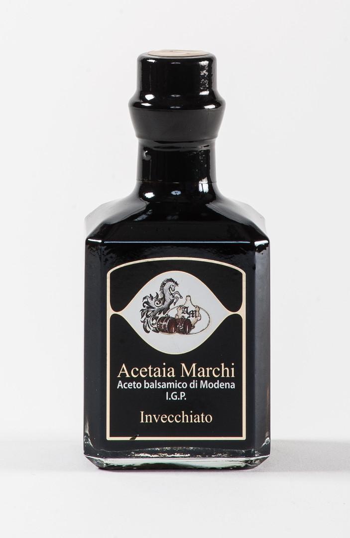 acetaia-aceto-di-modena-invecchiato.jpg
