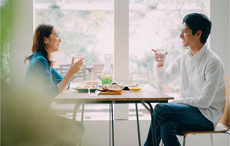 デートをするカップル.jpg