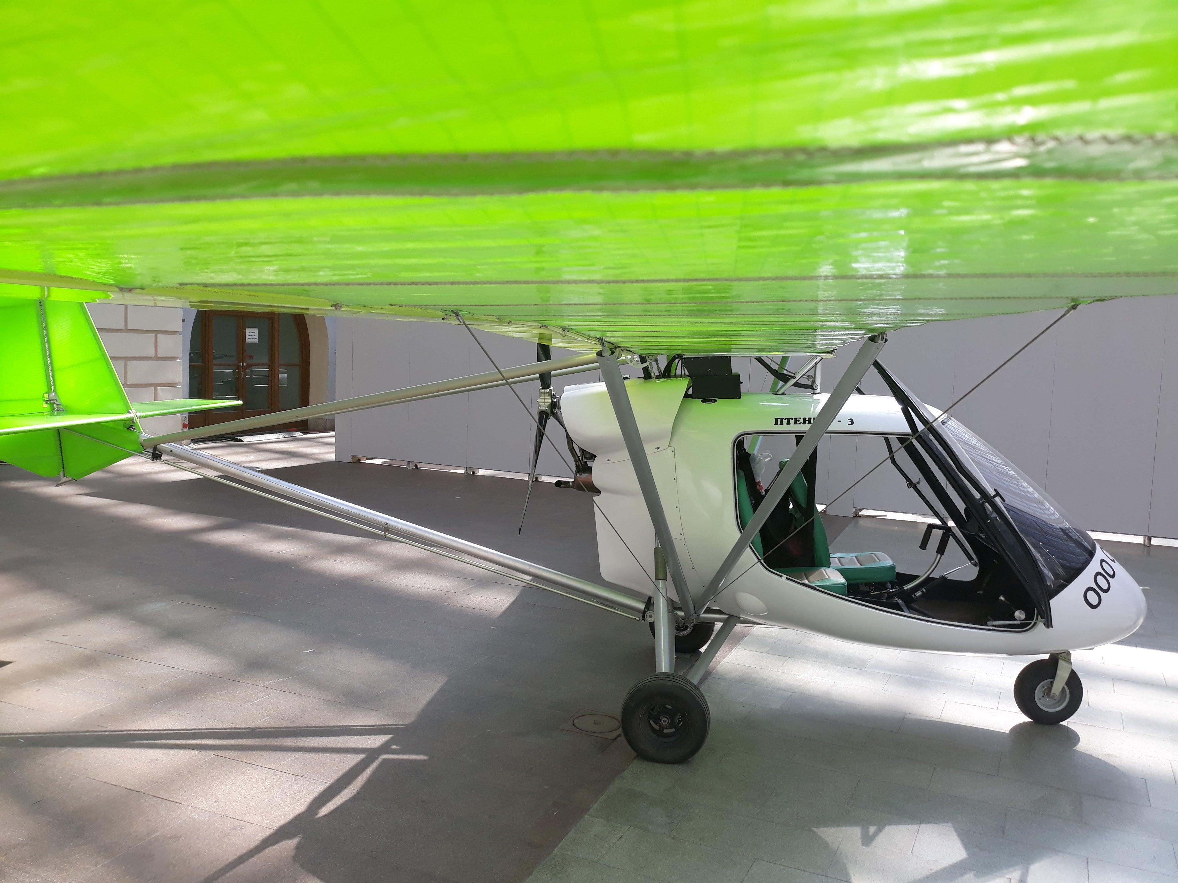 Под крылом самолёта Птенец-3
