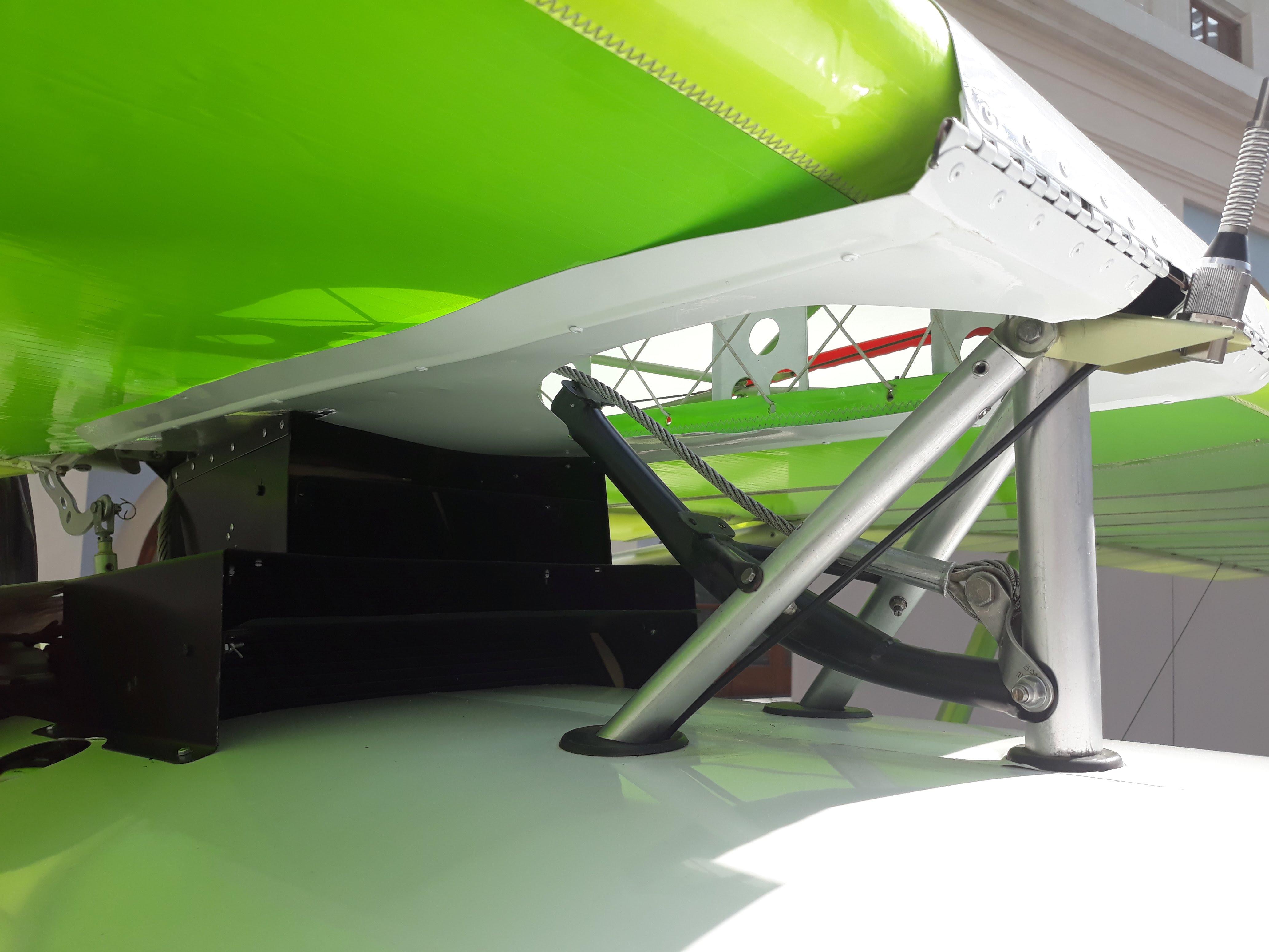 Самолет Птенец-3 узел крепления