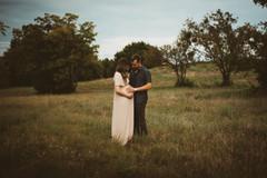 2021.08.29 Lauren and Will Maternity Pics - 6.jpg