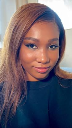 Editorial green and gold  Beautiful Nyara (@aunty_nya) for clothing brand Splurge (@splurgebyts_online)
