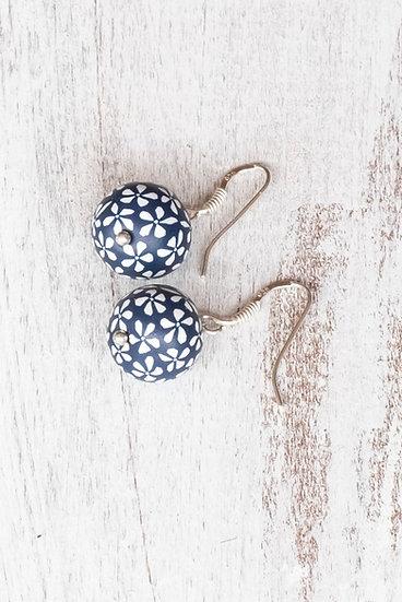 """Samunnat """"Bindu Traditonal"""" single Small bead earrings"""
