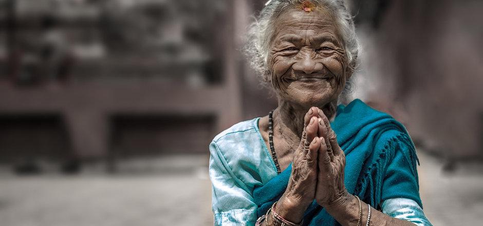 Nepal-lady-1.jpg