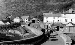 crackington-haven-the-village-1958_c1750