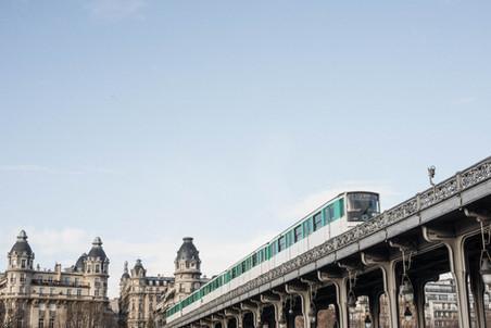 Pont de Bir-Hakeim - Metro Bir-Hakeim