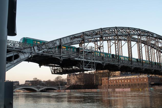 Pont Charles-de-Gualle - Metro Gare D'Austerlitz