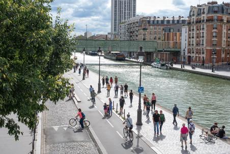 Canal de L'Ourcq - Metro Ourcq