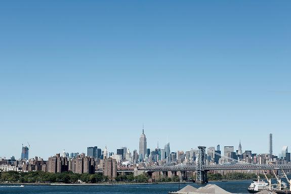 NYC-SKYLINE-BK-NAVY-YARD-VIEW-HERE-THERE