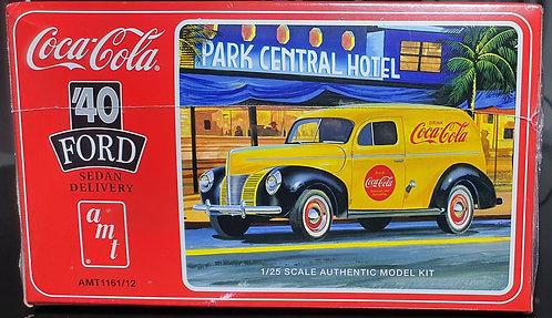 Ford Sedan Delivery 1940 (Coca-Cola) - 1/25