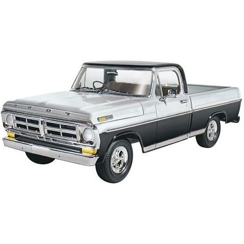 Ford Sport Custom Pickup 1972 - 1/25 - Revell