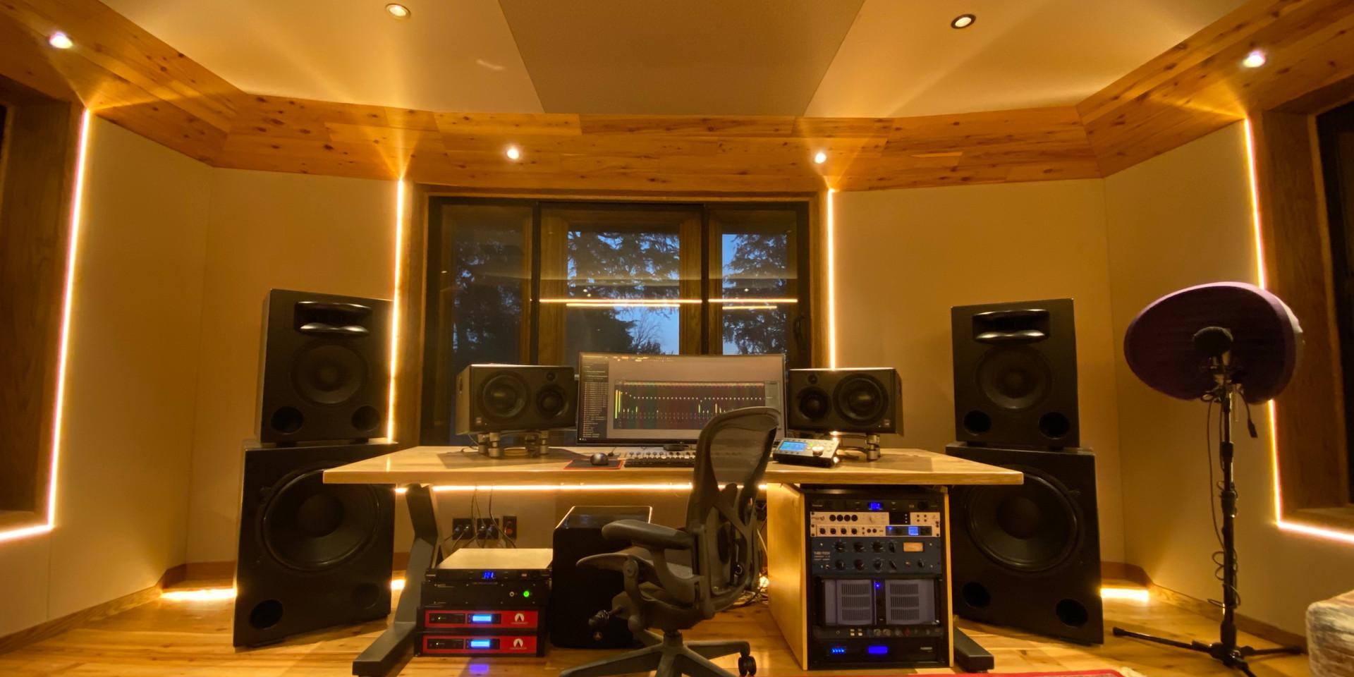 Mason Levy Home Studio
