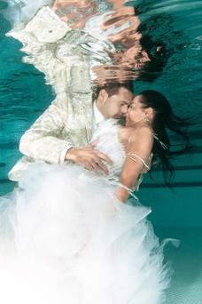 Mariés-en piscine