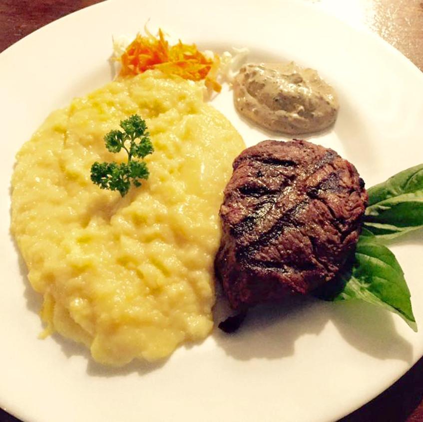 Tenderloin Steak with Mashed Potato