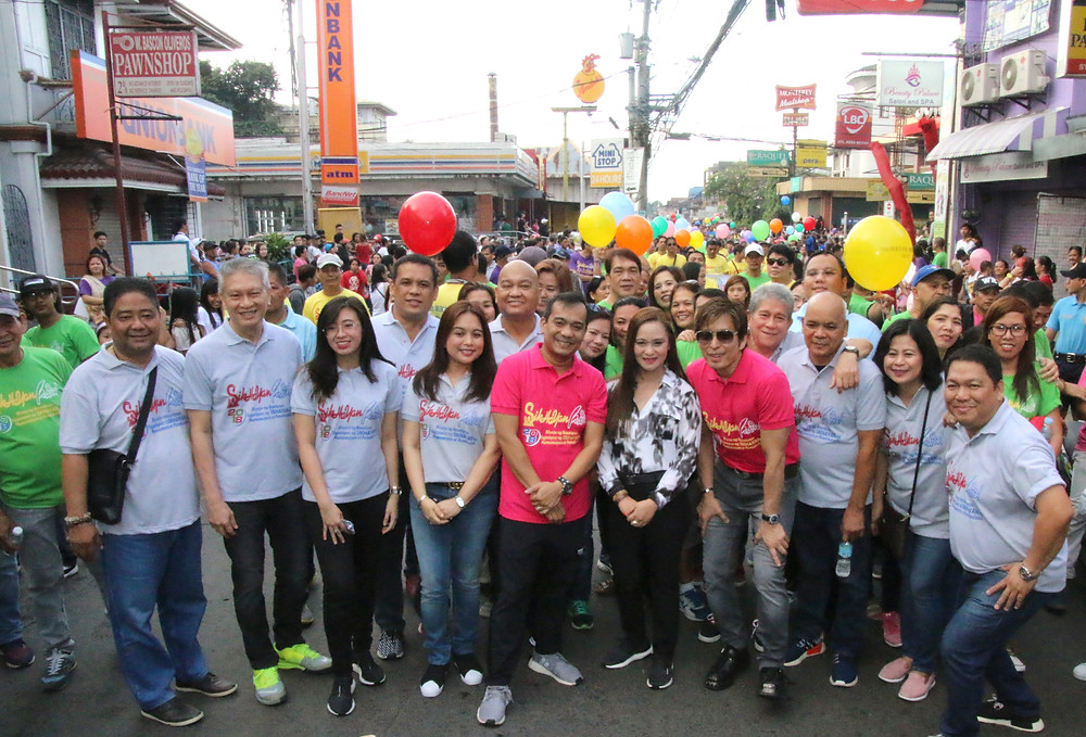 Mayor Dan Fernandez, Vice Mayor Arnold Arcillas and City Council, together with Cong. Arlene B. Arcillas during the parade.