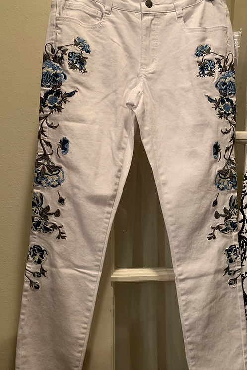 WHITE DENIM JEANS WITH BLUE FLOWER ACCENTS