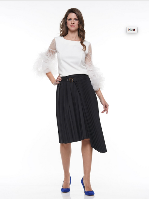 ASSYMETRICAL PLEATED SKIRT