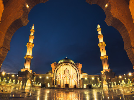 Federal Mosque: Extend your composition with panorama photo