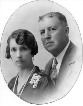 Alberto Elizondo y Otila Garcia