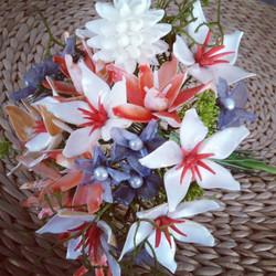 mixed seashell bouquet.JPG