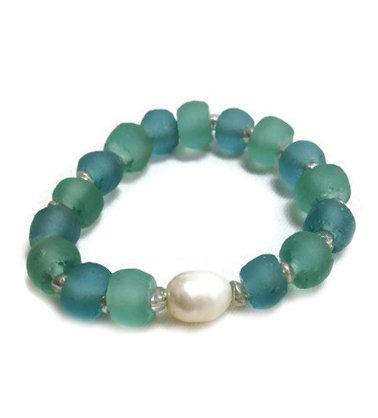 Deep Hue Ocean Glass + Pearl Bracelet