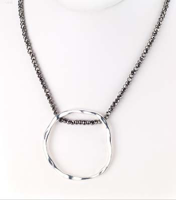 St. Tropez Crystal O Necklace Silver