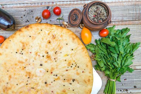 Кабускаджин с капустой, грецким орехом и сыром