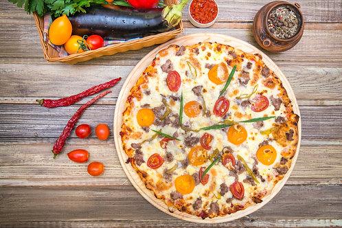 Домашняя пицца  с мясом барашка или с мясом говядины и свинины