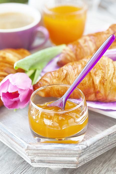 Frühstück_auf_einem_Tablett.jpg