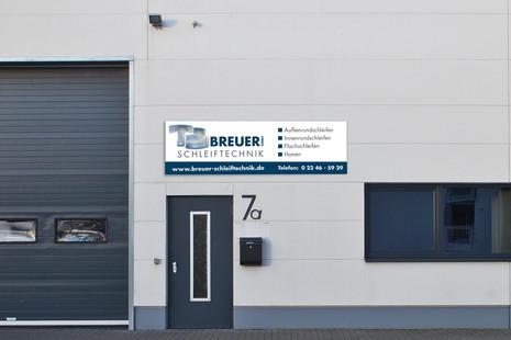 Breuer Schleiftechnik Firmenschild.jpg
