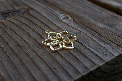 Stylish Star Pendant