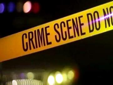 गायब पत्नी को ढूंढता हुआ दोस्त के घर पहुंचा पति, बंद फ्लैट में पड़े थे दोनों के शव