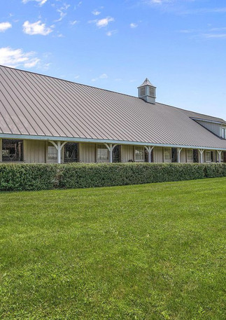The main barn at KT Eventing