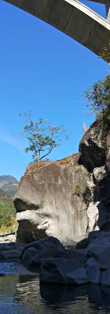 魚嘴岩(圖片來源:狀元國際旅行社)