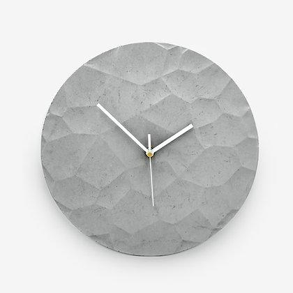 שעון בטון גאיה