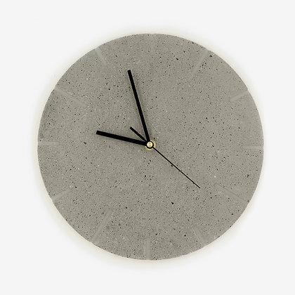 שעון קיר מבטון משוייף טרצו