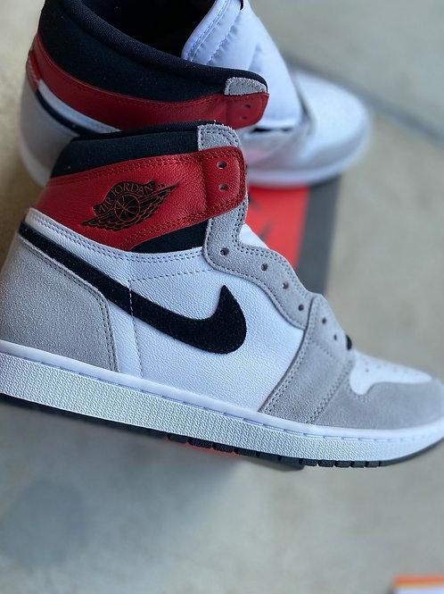 "Air Jordan 1 Retro ""Light smoke grey"""