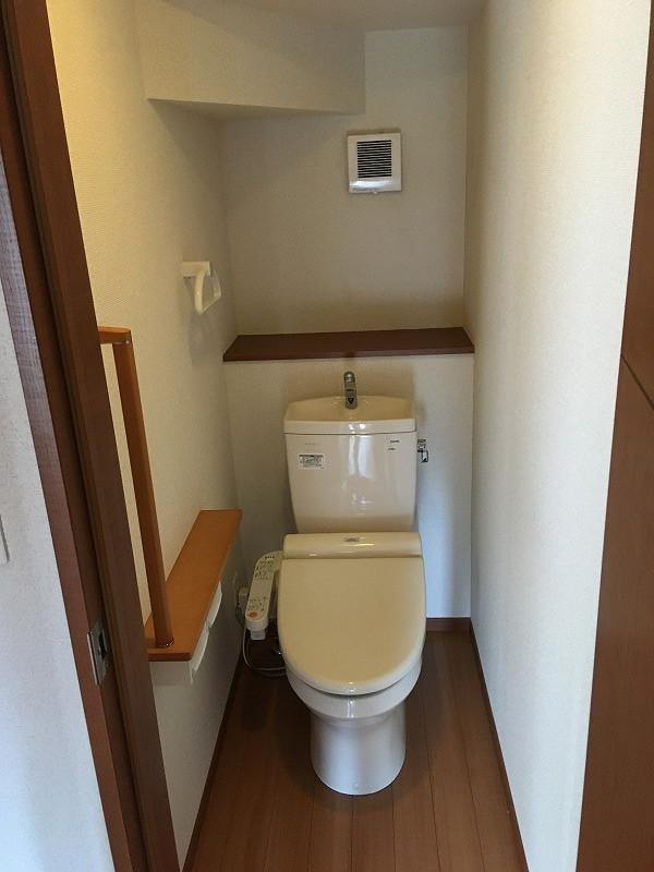 トイレ(1階).jpg