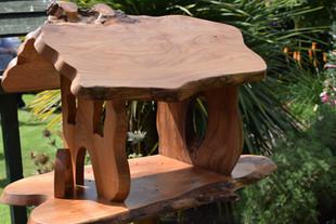 Fabrik Iguana bird table