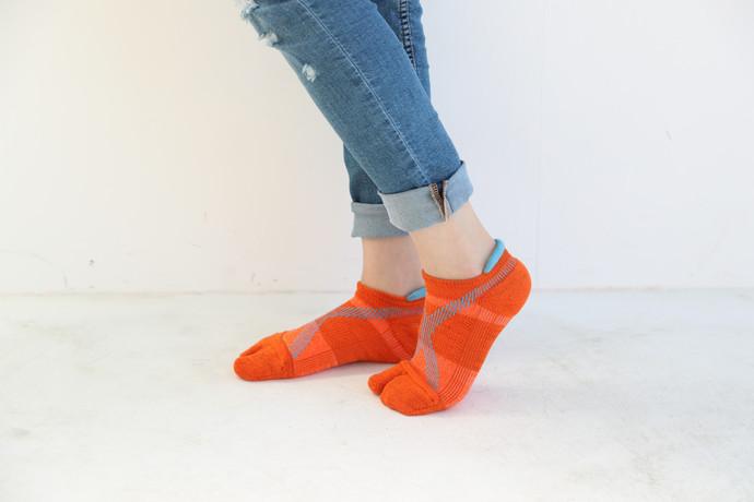 エコノレッグの靴下 東急ハンズ各店で販売中