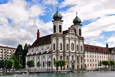 1200px-Jesuit_Church,_Lucerne,_Switzerla
