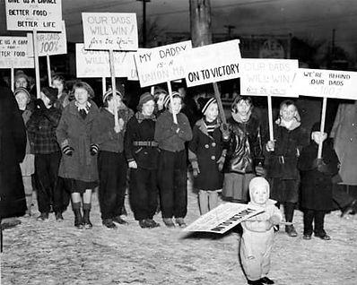 labor-sit-down-strike-children.jpeg