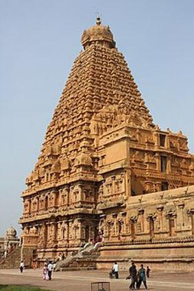 220px-Thanjavur,_Brihadishwara_Temple_(7