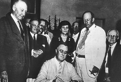 Franklin-D-Roosevelt-Social-Security-Act