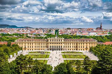 Schloss-Schonbrunn-Vienna (1).jpg