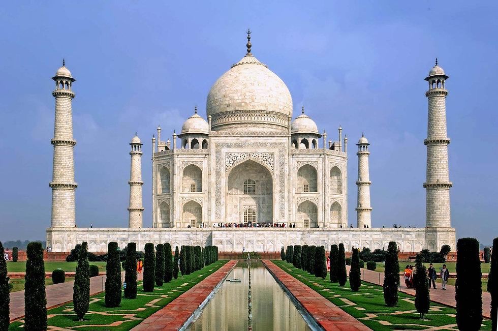 Taj-Mahal-Agra-India.jpg