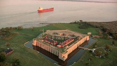 fort-delaware-and-the-delaware-river.jpg