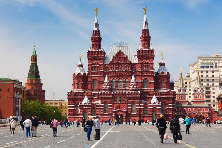 State-History-Museum-Red-Square-Moscow_c