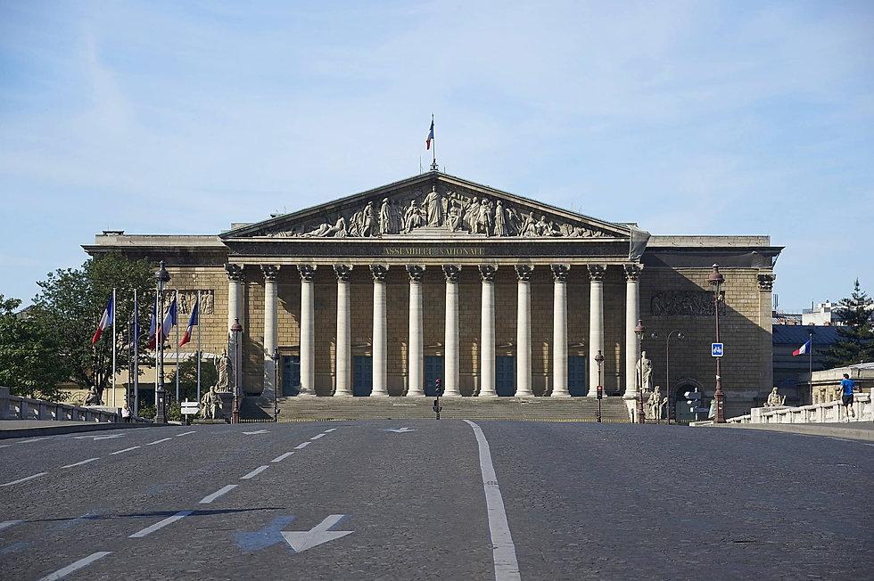 2560px-Façade_Assemblée_Nationale.jpg