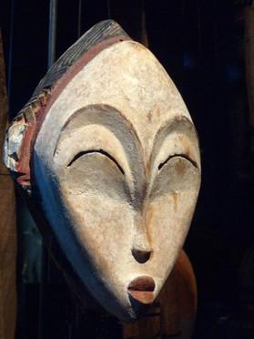 Mukuyi Mask, made by Punu people of Gabon